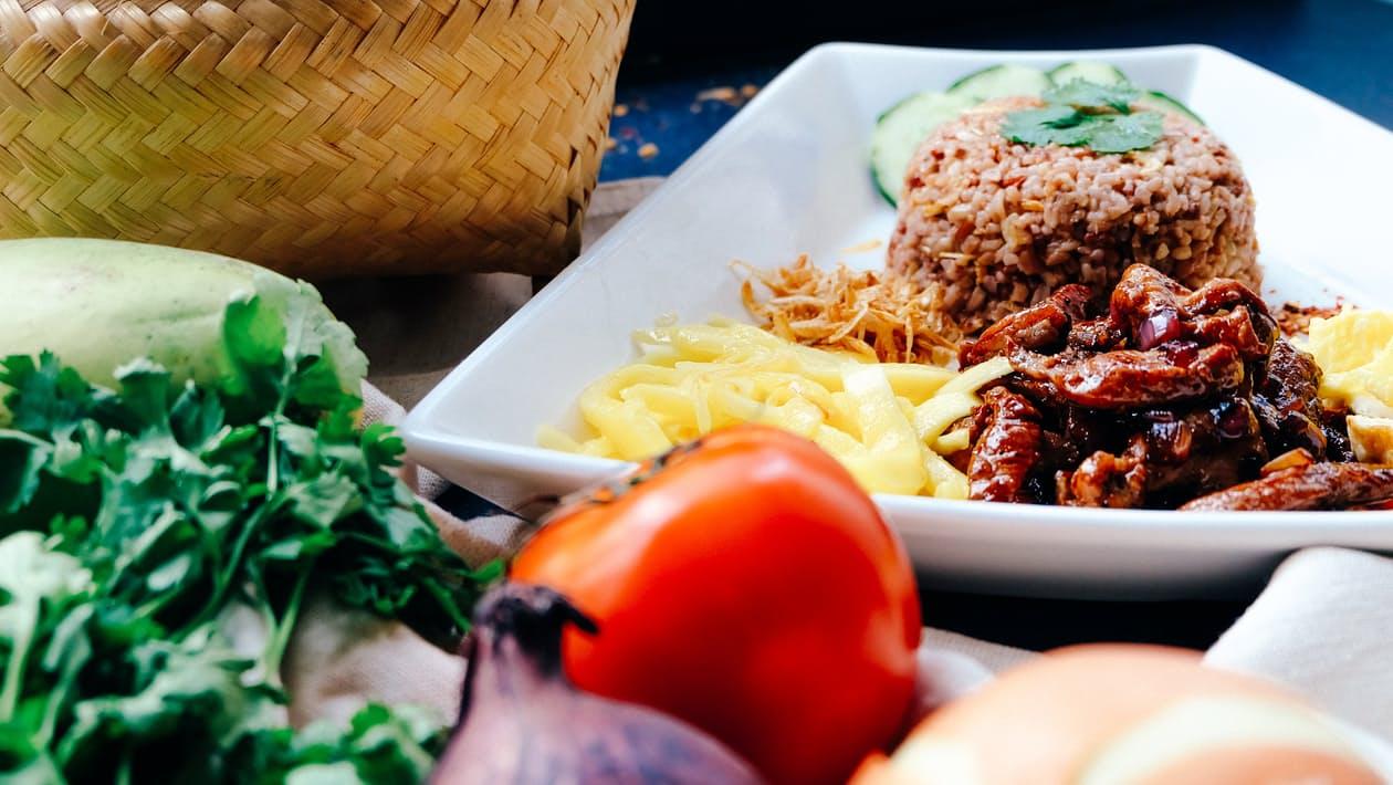 Ada 3 persamaan antara 'Copywriting' dengan 'Masakan'.